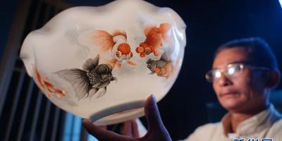 景德镇薄胎瓷:0.15毫米的极致匠心